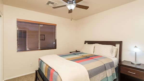 3 bedrooms, iron/ironing board, Internet, bed sheets
