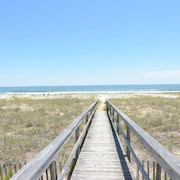 Ebbtide Kure Beach Oceanfront Home With Screened Porch Private Access