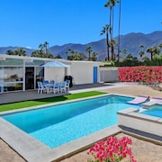 Stunning Mid-century Pool and spa Home, Recently Remodeled and Ready for You!