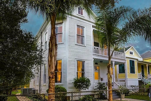 Great Place to stay Charming Victorian Getaway near Galveston