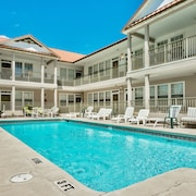 Poinciana Place #211 ~summer Specials!~