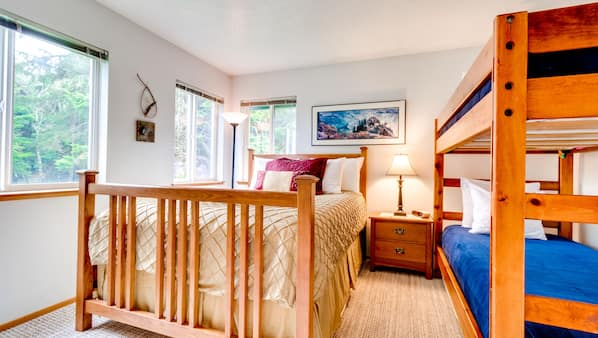 2 bedrooms, Internet, bed sheets