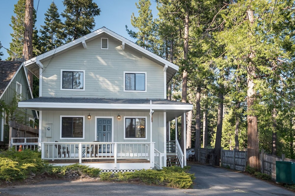 Exterior, In-town Tahoe City, Lake Views, Walk to Beach and Town - Great Value!