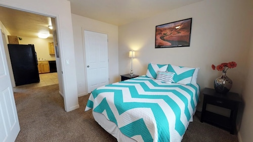 Great Place to stay Attractive 4 Bedroom Condo, Close to Everything! Sleeps up to 8 near Blanding