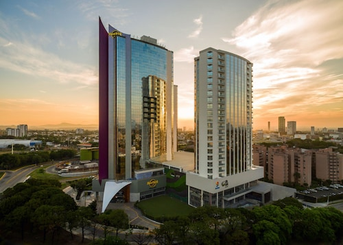 Hotels near Plaza Galerias Guadalajara Shopping Center £31
