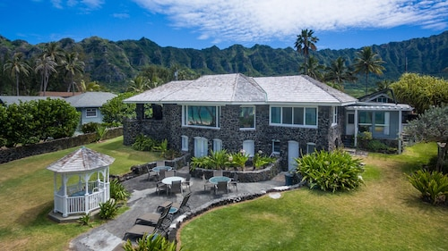 Waimanalo Beachfront for up to 8 Guests.licensed Vacation Rental #90/tvu-0235