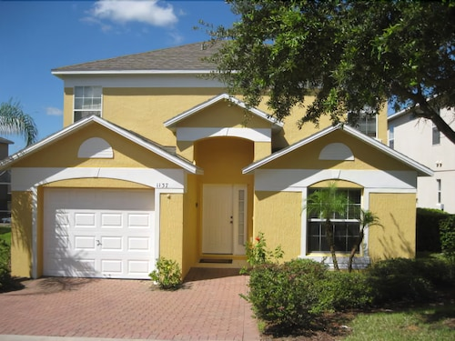Great Place to stay Gated Golfing Community-southern Dunes-private Pool- Game Room near Haines City