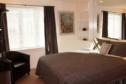 Great Place to stay Inner Sunset Studio Apartment - Studio Suite near San Francisco