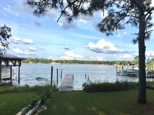 3bd/2ba Charming Waterfront Cottage With Private Beach/dock ; Bring Your Boat!