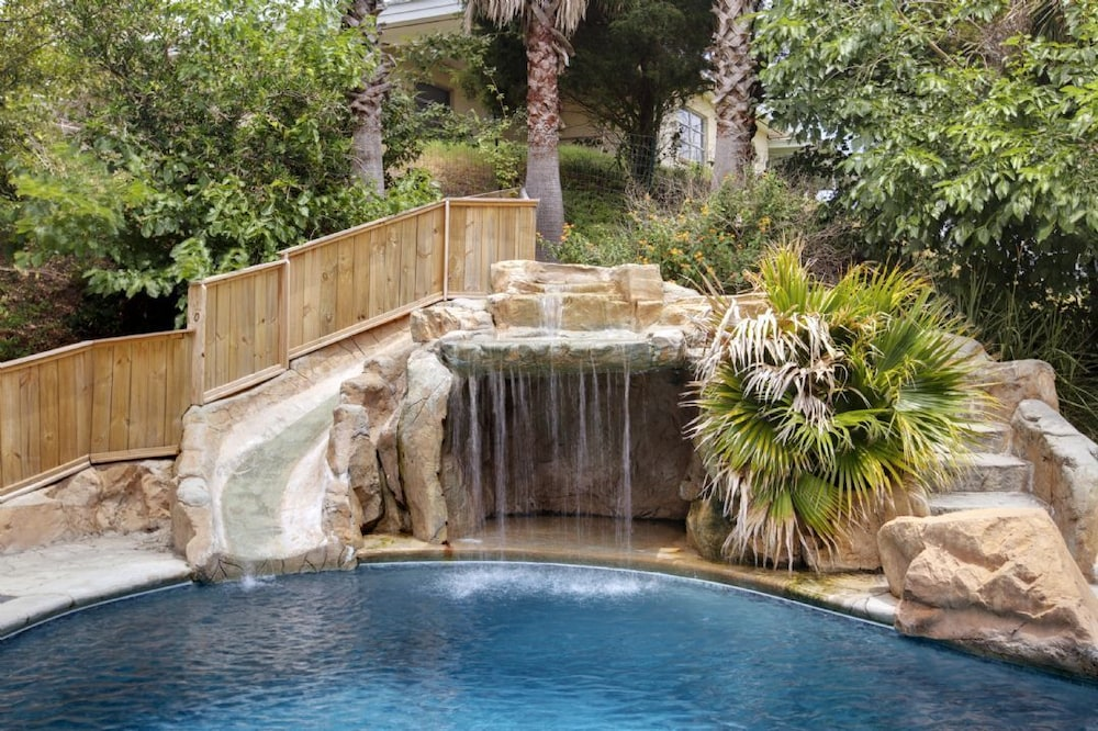Featured Image ... - Private Water Park: Pool/water Slide/water Fall/ Amazing Ocean Views