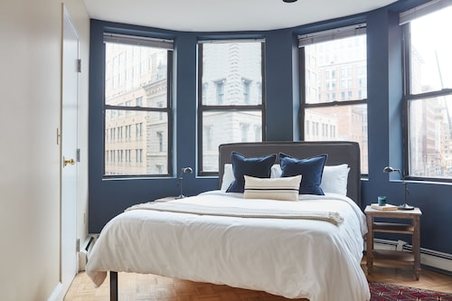 Great Place to stay Distinctive 2BR in Financial District by Sonder near Boston