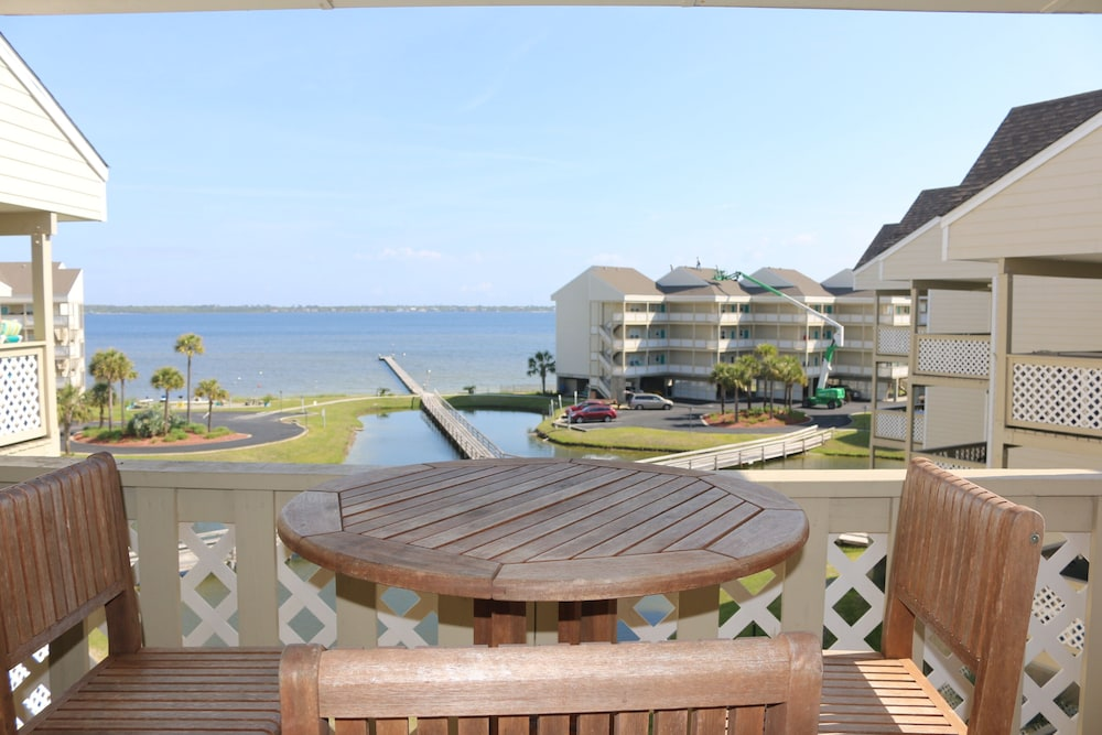Great Views of the Gulf of Mexico and Pensacola Bay in Pensacola