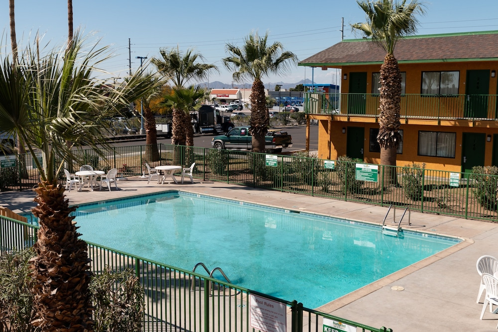 Dock, Budgetel Inn & Suites Yuma