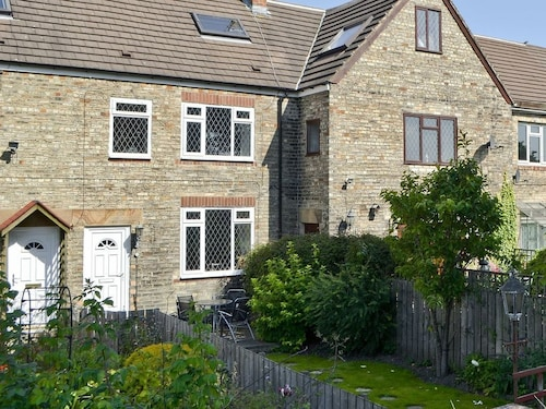 3 Bedroom Property In Newcastle Upon Tyne Pet Friendly