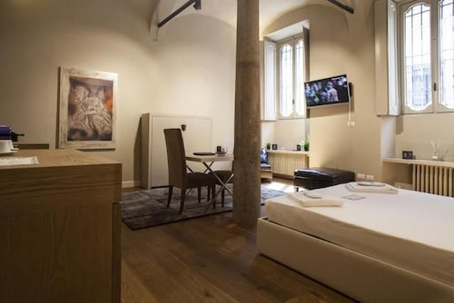 Hotel Borgo Nuovo : Hemeras boutique house borgonuovo in milan hotel rates reviews