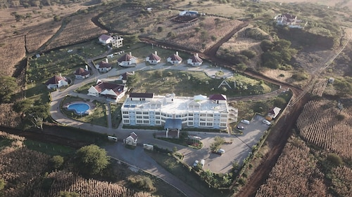A1 Hotel and Resort
