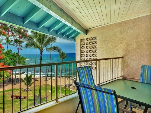 Honis Beach View From Lanai! Casual W/ac, Kitchen, Wifi, Washer/dryerkona Reef B33