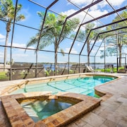 Special Rates Sunrise ON Lake Tarpon 4 BED 3.5 Bath Lake Front Vacation Pool Home