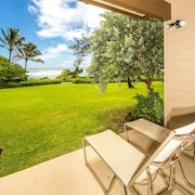 Cheery Condo Steps From the Surf! Island Style W/lanai, Kitchen Wifikaha Lani 127