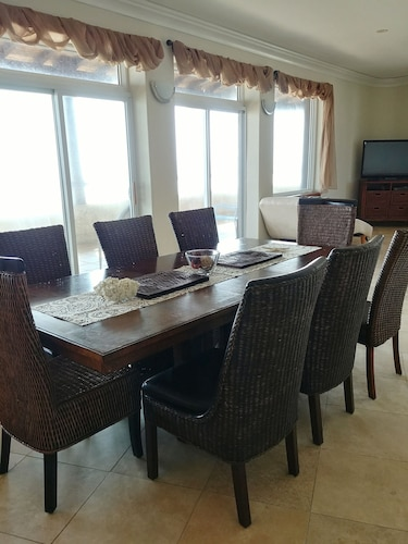 Luxury East End Condo With 180 Degree Ocean View: 2018 Room Prices ...