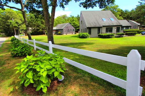Cape Cod Holiday Estates, a VRI resort