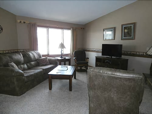 Check Expedia for Availability of The Beacons of Minocqua - 2 Bedrooms