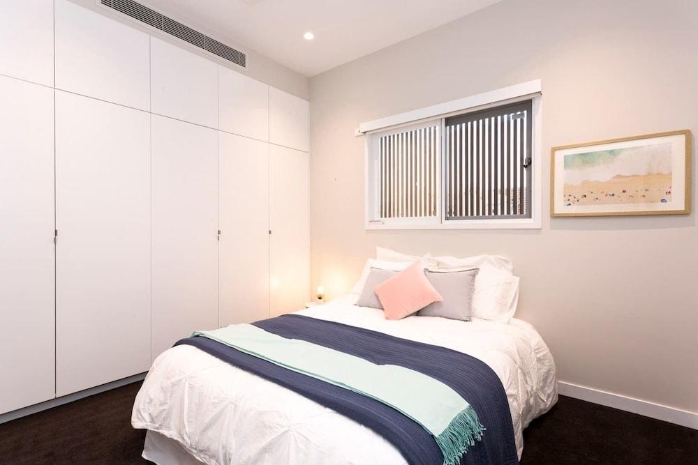 Luxurious Designer Home 8min walk to Bondi Beach, Sydney ...
