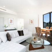 Ultimate Boutique Apartment - Close to CBD!
