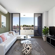 Boutique Sydney Apartment - Close to the Airport
