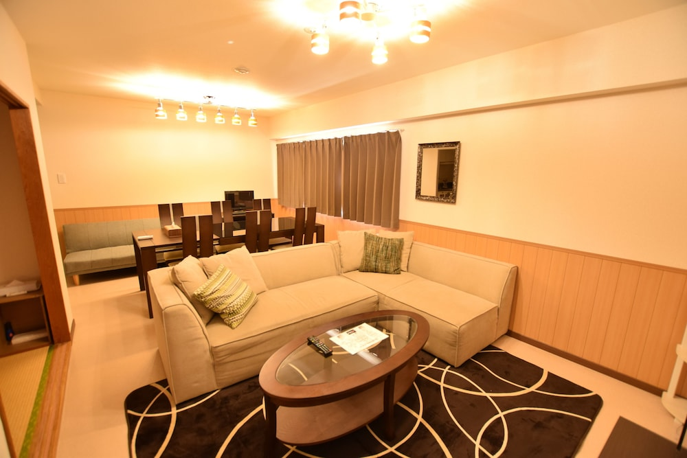 Living Area, Randor Residence Tokyo Suites
