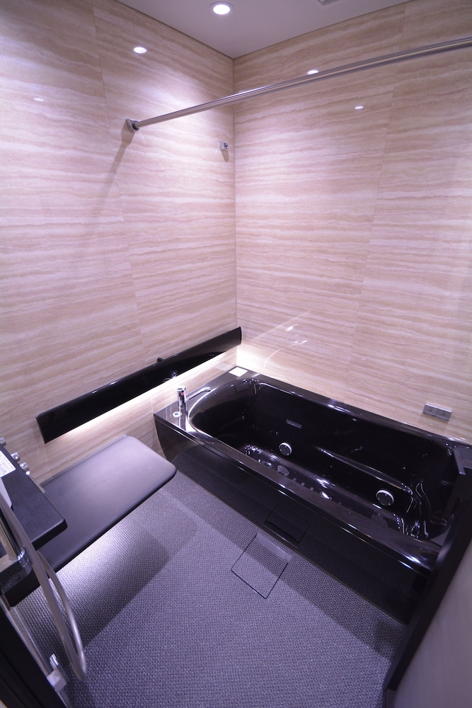 Private Spa Tub, Randor Residence Tokyo Suites