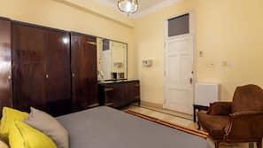 1 chambre, matelas mémoire de forme, minibar