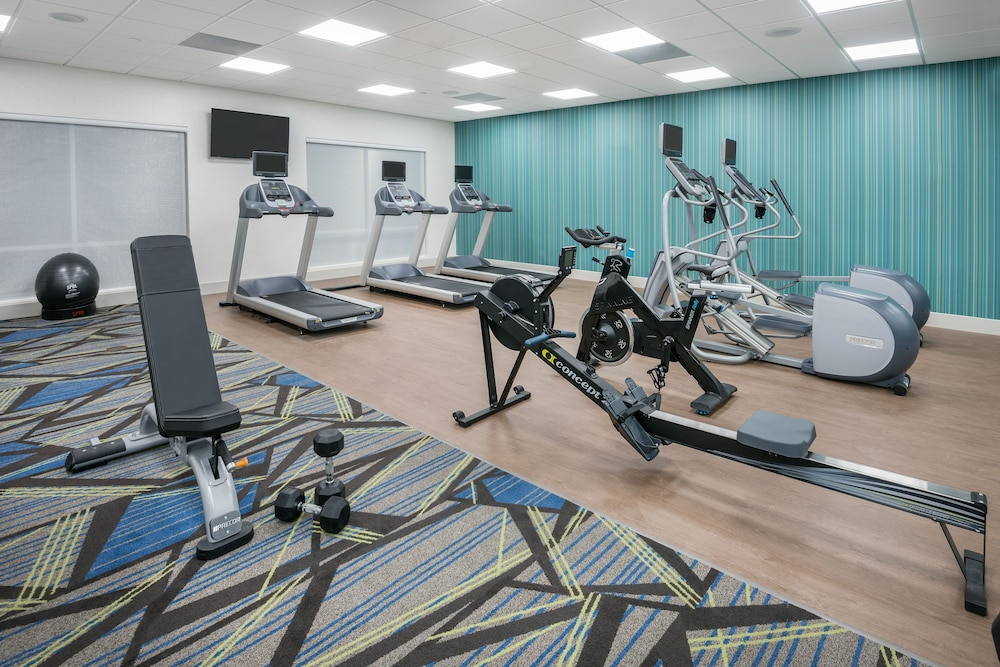 Fitness Facility, Holiday Inn Express & Suites Sugar Land SE - Missouri City