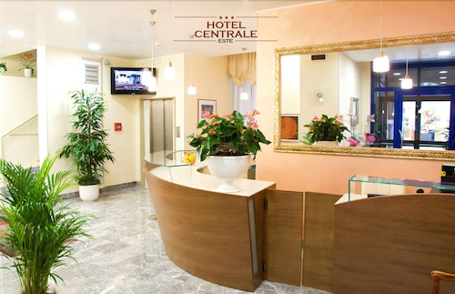 Hotel Centrale
