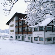 Hotel & Camping Gisser