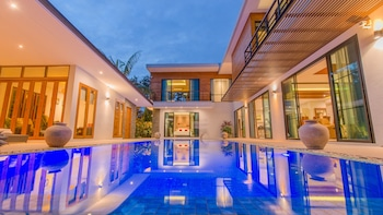 Moin Lakeside Pool Villa ChiangMai