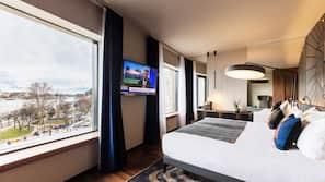 Premium bedding, minibar, in-room safe, soundproofing