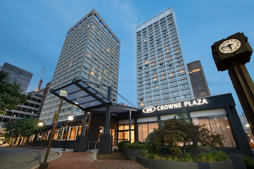 Crowne Plaza Baltimore - Inner Harbor, an IHG Hotel