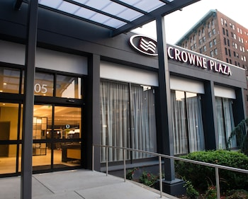 Crowne Plaza Baltimore - Inner Harbor