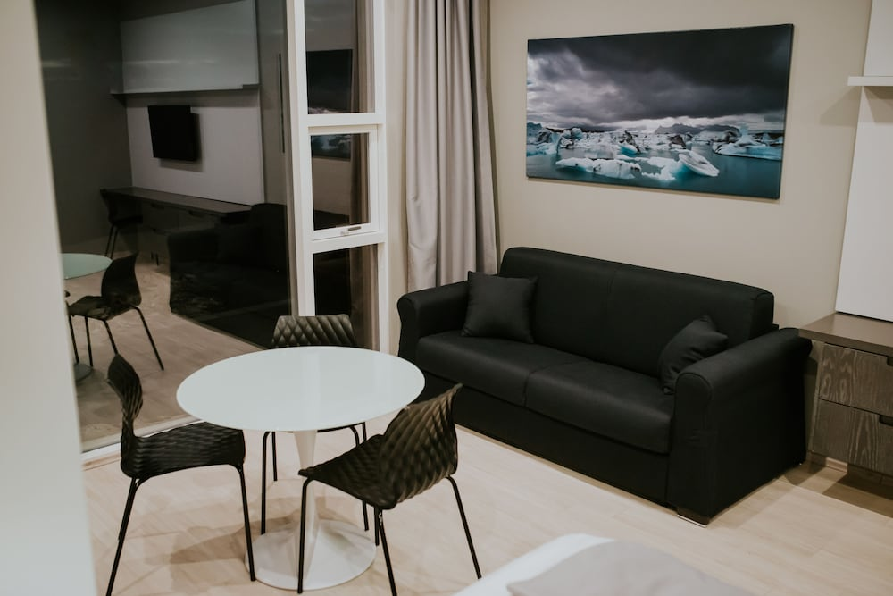 Living Area, Black Beach Suites