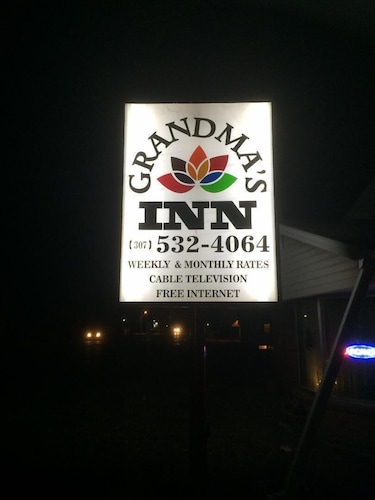 Check Expedia for Availability of Grandma's Inn