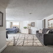Foxhollows Suite in Beautiful Bountiful