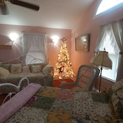 Rose Cottage at Misty Mountain Inn is Ready for Your Romantic Getaway!