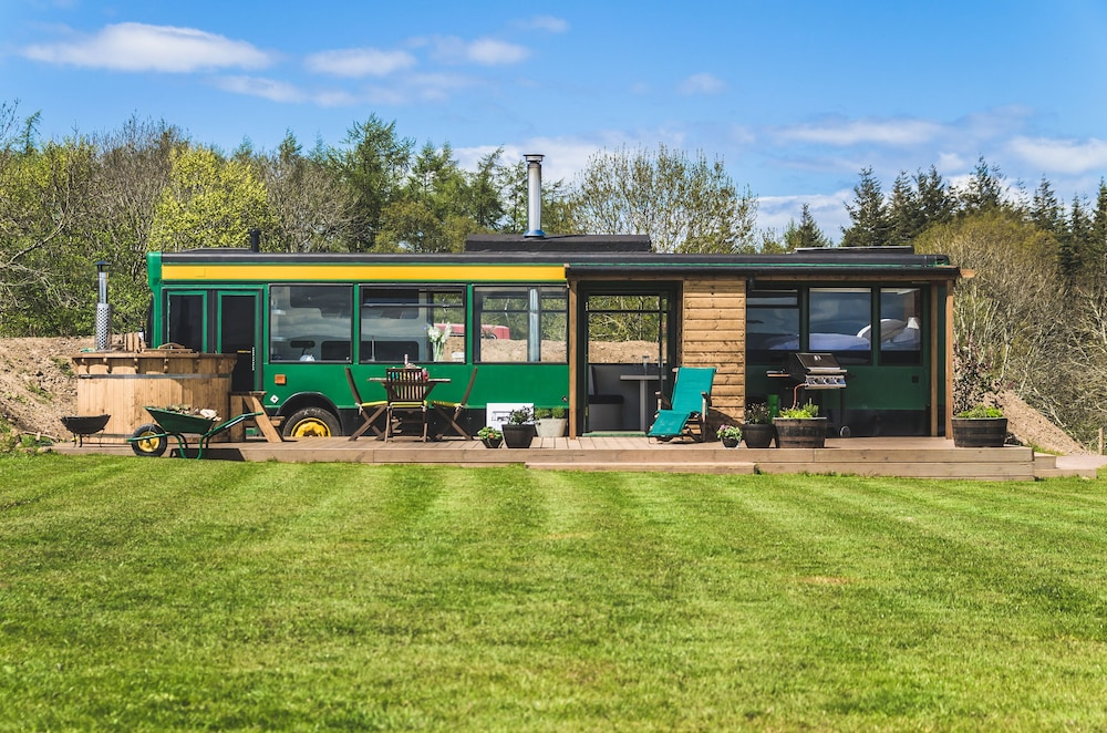 The Bus Stop - Your Own Luxury Private Bus With Hot Tub and Stove ...