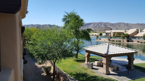 Great Place to stay Beautiful Lake And Mountain View,golf, Casino,private Gated Community,outletmall near Phoenix