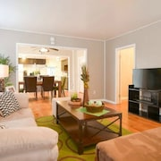 Best Location2 min to Plaza, Famous Bbq, KU Med & Westport, 10 min to Downtown