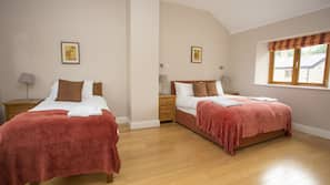 3 bedrooms, Internet, linens, wheelchair access