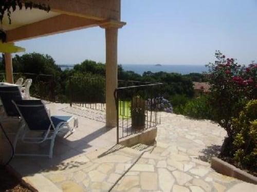 Villa Beach Pinarello, Two Minutes Walk From the Beach, Beautiful Views of the Gulf