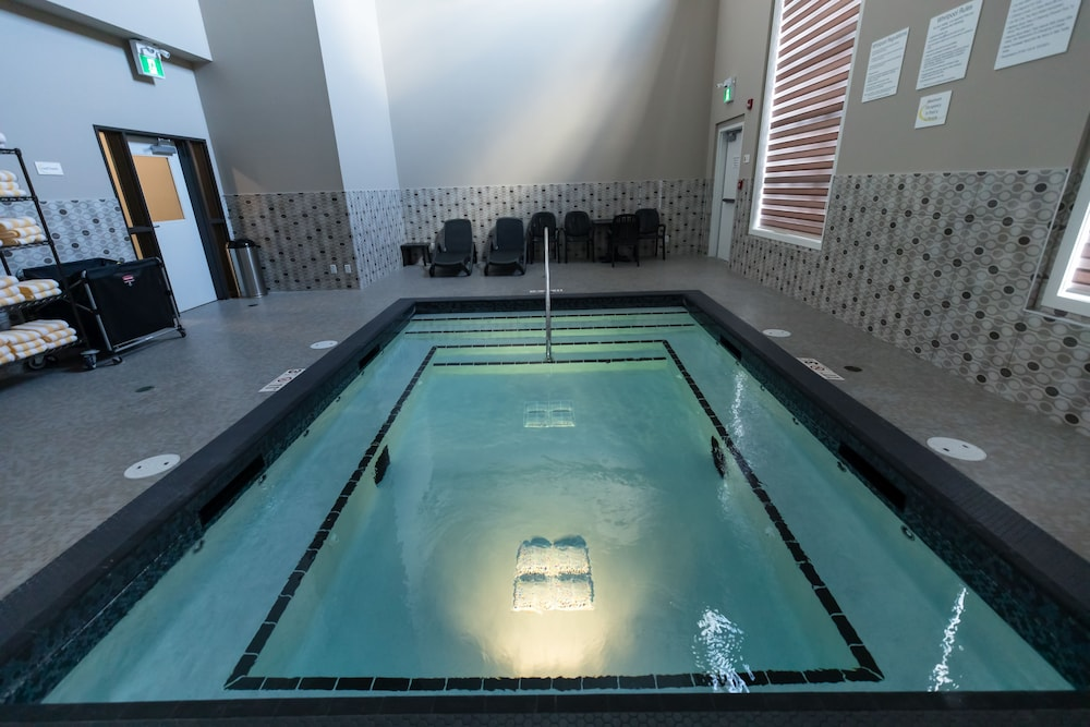 Indoor Spa Tub, Super 8 by Wyndham Canmore