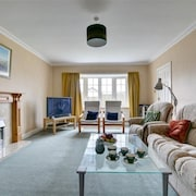 Middleton View - Four Bedroom House, Sleeps 7
